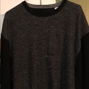 Men's acrylic sweater with two tone coloring